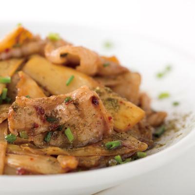 筍と豚バラ肉のピリ辛山椒焼